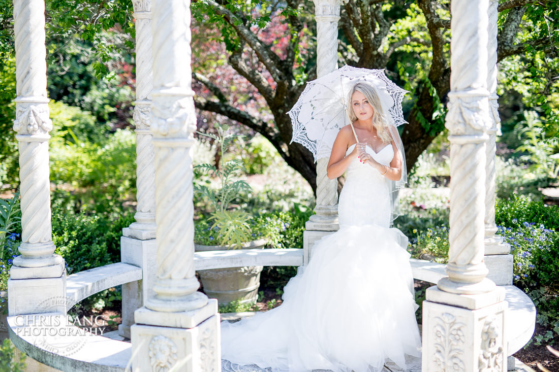 airlie gardens bridal photo - bridal portrait photography - photographers - bridal portraits - bride - wedding dress - ideas - wilmington nc